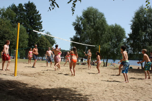 volleybalveld camping le soustran